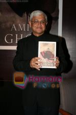 Amitav Ghosh at the book reading of Amitav Ghosh_s book Sea of Popples at Hilton on June 22nd 2008 (3).JPG