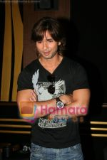 Shahid Kapoor promotes his movie Kismat Konnection in Fame on June 23rd 2008(13).JPG