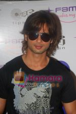 Shahid Kapoor promotes his movie Kismat Konnection in Fame on June 23rd 2008(7).JPG