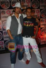 Rannvijay, Nikhil Chinappa at MTV License to Flirt launch at Taj Hotel on June 25th 2008(51).JPG