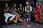 Rannvijay,Anusha Dandekar, Nikhil Chinappa with Sophie Chaudhary at MTV License to Flirt launch at Taj Hotel on June 25th 2008(2).JPG
