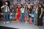 Rannvijay,Anusha Dandekar, Nikhil Chinappa with Sophie Chaudhary at MTV License to Flirt launch at Taj Hotel on June 25th 2008(6).JPG