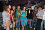 Sohail Khan, Simple Kaul, Mika Singh, Nisha Rawal, Aryaman On Location of Tom Dick & Harry Rock Again in  Click Nixon Studio on June 25th 2008(3).JPG