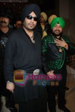 Mika Singh, Daler Mehndi at the music launch of Singh is King in Enigma on June 26th 2008(9).JPG