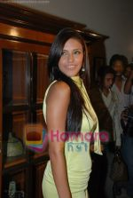 Neha Dhupia at the music launch of Singh is King in Enigma on June 26th 2008(4).JPG