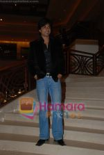 Sonu Sood at the music launch of Singh is King in Enigma on June 26th 2008(33).JPG
