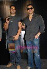 Arbaaz Khan, Upen Patel at the launch of Porsche first mobile phone in Kemps Corner on June 27th 2008(3).JPG