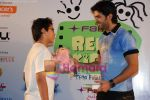 Harman Baweja at Interaction with Kids at Fame, Andheri on June 27th 2008 (8).JPG