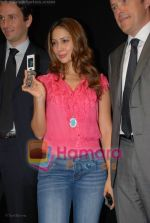 Kim Sharma at the launch of Porsche first mobile phone in Kemps Corner on June 27th 2008(1).JPG