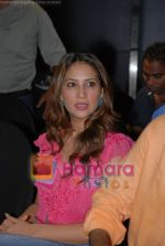 Kim Sharma at the launch of Porsche first mobile phone in Kemps Corner on June 27th 2008(3).JPG