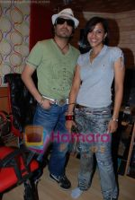 Mansi Scott, Mika Singh at the recording of Mansi Scott_s debut album with Mika Singh at MEET Brothers recording studio on 27th June 2008 (17).JPG
