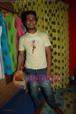 Randeep Hooda at the launch of D7 store in Mumbai on June 26th 2008(6).JPG