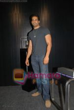 Upen Patel at the launch of Porsche first mobile phone in Kemps Corner on June 27th 2008(4).JPG