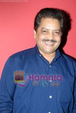 Udit Narayan at the The Hero Abhimanyu music launch in  Pulse on July 2nd 2008(3).JPG