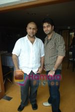 Vishal Dadlani, Shekhar Ravjiani at Bachna Ae Hasseno Music Preview at Yash Raj Studios on July 5th 2008 (18).JPG