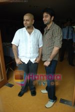 Vishal Dadlani, Shekhar Ravjiani at Bachna Ae Hasseno Music Preview at Yash Raj Studios on July 5th 2008 (21).JPG