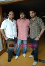 Vishal Dadlani, Shekhar Ravjiani at Bachna Ae Hasseno Music Preview at Yash Raj Studios on July 5th 2008 (6).JPG