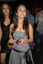 Hot sizzling babes at Faisal Khan_s bday bash for girlfriend Shikha in Black on July 7th 2008(48).JPG