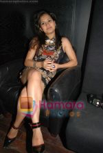 Hot sizzling babes at Faisal Khan_s bday bash for girlfriend Shikha in Black on July 7th 2008(26).JPG