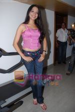 Roushika at Jeena To hai music launch in Penninsula Grand on July 26th 2008(5).JPG