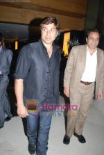 Sunny Deol, Dharmendra at Champku music launch in Sahara Star on July 29th 2008 -san(11).JPG