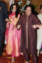 Anup Jalota with Family at Anup Jalota_s Birthday Bash in Sunville,Worli on July 29th 2008.JPG