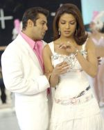 Salman Khan, Priyanka Chopra in a still from the movie God Tussi Great Ho (5).jpg