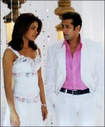 Salman Khan, Priyanka Chopra in a still from the movie God Tussi Great Ho (8).jpg