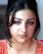Soha Ali Khan in a still from the movie Mumbai Meri Jaan (4).jpg