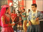 Mallika Sherawat, Paresh Rawal in a still from the movie Maan Gaye Mughal-E-Azam (2).jpg