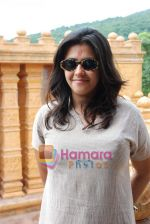 Ekta Kapoor on the sets of Mahabratha on the occasion of Janmashtami in Film City on August 24th 2008 (3).JPG
