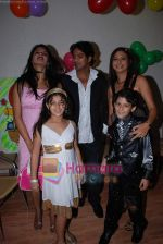 Megha Chatterji, Gananya and star cast of film Ruslaan at Master Gananya_s bday in Goregaon on August 24th 2008 (6).JPG