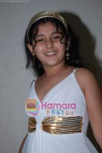 Star cast of film Ruslaan at Master Gananya_s bday in Goregaon on August 24th 2008 (18).JPG