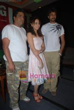 Zakir Hussain, Amruta Khanvilkar, Sudeep  at Phoonk success bash in  JW Marriott on August 25th 2008 (17).JPG