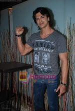 Sahil Khan at Swastik Pictures bash for Amber Dhara in Vie Lounge on 29th August 2008 (6).JPG