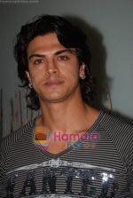 Sahil Khan at Swastik Pictures bash for Amber Dhara in Vie Lounge on 29th August 2008 (7).JPG