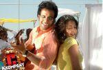 Raima Sen, Tusshar Kapoor in a still from C Kkompany (30).jpg