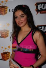 Divya Khosla Kumar at the premiere of 3 d movies Journey to the centre of earth in Fun Republic on 11th September 2008 (2).JPG