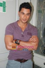 Kunal Khemu at the Film 99 on Location in Hotel Le Merridean on 17th September 2008 (19).JPG