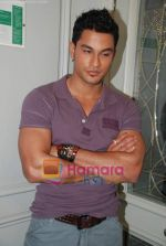Kunal Khemu at the Film 99 on Location in Hotel Le Merridean on 17th September 2008 (21).JPG