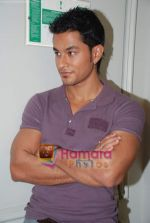 Kunal Khemu at the Film 99 on Location in Hotel Le Merridean on 17th September 2008 (24).JPG