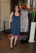 at Urvashi Kaur_s new collection showcase in Amara, Kemps Corner on 24th September 2008 (5).JPG