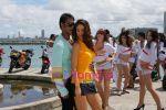 Ajay Devgan, Kareena Kapoor in the Still from movie Golmal Returns (2).jpg