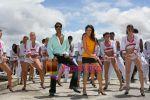 Ajay Devgan, Kareena Kapoor in the Still from movie Golmal Returns~0.jpg