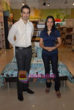 at Portico bedding collection from Gayatri Shayamal and Bhumika in  Inorbit, Malad on 14th October 2008 (12).JPG
