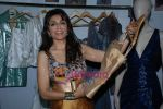 Queenie Dhody at the 4th day of Lakme Fashion Week on 24th October 2008 (5) - Copy.JPG