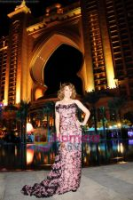 Kylie Minogue at the opening night of the Atlantis Hotel on the Dubai Palm Island on 21st November 2008.JPG