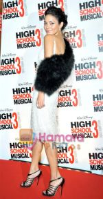 Vanessa Hudgens at the High School musical 3 premiere in Paris on 20th November 2008(4).JPG