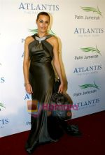 at the opening night of the Atlantis Hotel on the Dubai Palm Island on 21st November 2008 (29).JPG