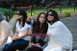 Tulip Joshi, Kim Sharma, Queenie Dhody at peace march protest in Mantralaya on 2nd December 2008(3).JPG